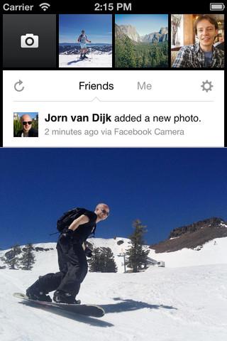Facebook lance (enfin) son application photo pour iOS - Visualisation des photos ajoutées par les amis