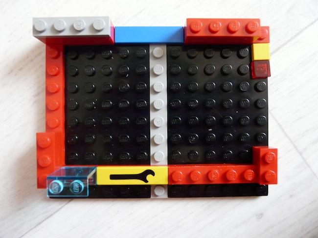 Construisez votre boîtier pour le Raspberry Pi en LEGO - Montage d'un gabarit pour imaginer l'ensemble
