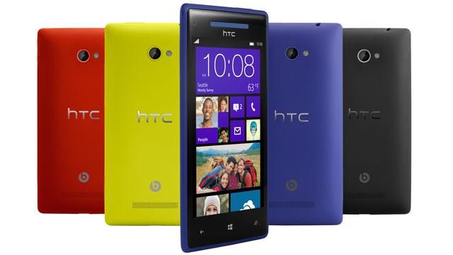 Les premières pré-commandes des Windows Phone 8 seraient prévues le 21 octobre - HTC 8X