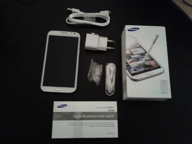 Tour d'horizon du Samsung Galaxy Note II : Une puissance et autonomie de choc - Package du Samsung Galaxy Note II