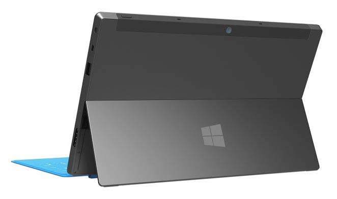 Microsoft Surface RT : une tablette hybride bien surprenante - Béquille intégrée à l'arrière de la tablette