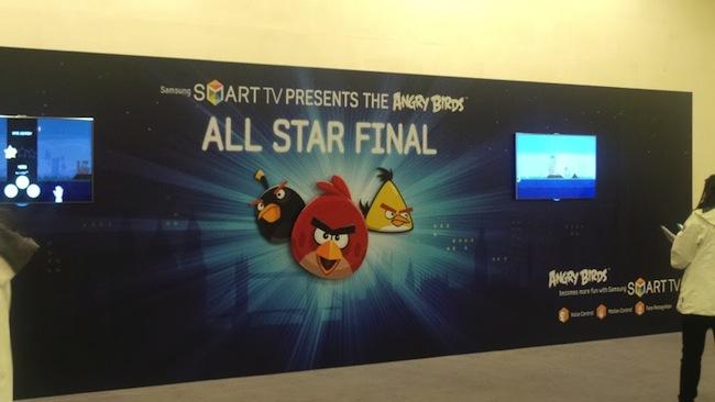 Retour sur le Angry Birds All Star Final à Londres sur Samsung Smart TV - Angry Birds sur le Tower Bridge