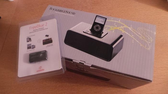 RockridgeSound Elav 4, un dock iPod et iPhone très élégant - Test du son du RockridgeSound Elav 4 et de son récepteur Bluetooth Novodio FreeBlue 2