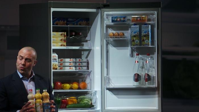 Samsung Forum 2013, en un mot Samsung veut être omniprésent chez vous ! - Le réfrigérateur RB3050 offre un design et un confort d'utilisation parfait