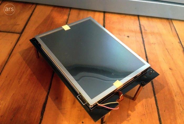 Le premier prototype de l'iPhone a été révélé, et il était énorme - Ce prototype iPhone était beaucoup plus proche de la taille d'un iPad que d'un iPhone
