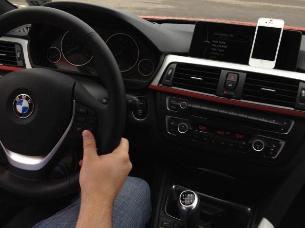 Apple cherche à s'imposer au volet avec l'intégration du tableau de bord de voiture dans iOS 7
