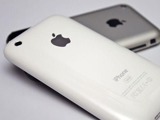 Concept d'un iPhone low cost en polycarbonate