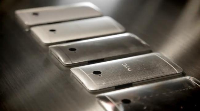 HTC envisage d'offrir un Android pur pour tous les smartphones HTC One