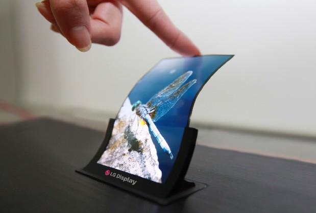 LG prévoit de dévoiler un smartphone à écran flexible