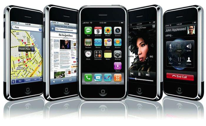 iOS 1.0 : commandes tactiles, divertissement et internet