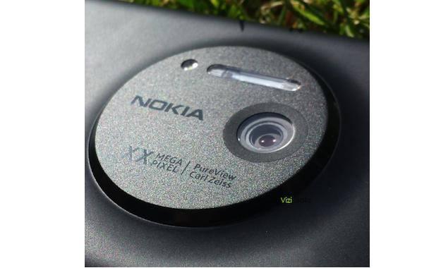 Le Nokia EOS pourrait être officiellement nommé Lumia 1020