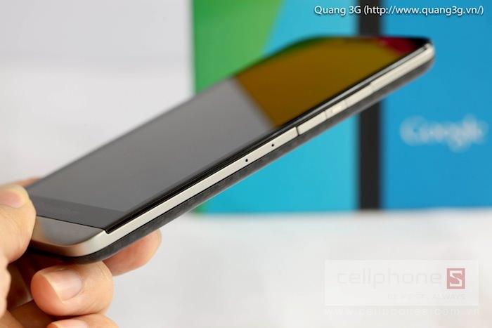 Vue de droite du BlackBerry Z30