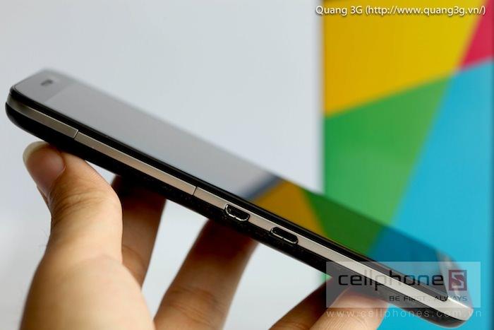 Vue de gauche du BlackBerry Z30