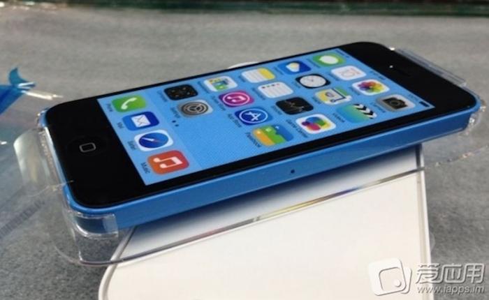 iPhone 5C en bleu