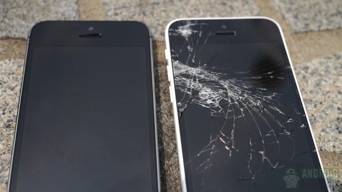 iPhone 5S et iPhone 5C : les gens ont déjà le lâché d'iPhone, mais un seul s'est brisé
