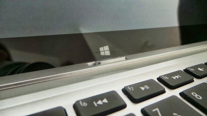 Le bouton Windows est maladroitement placé