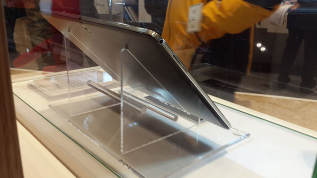 Photo de dos de la présupposée Galaxy Note Pro