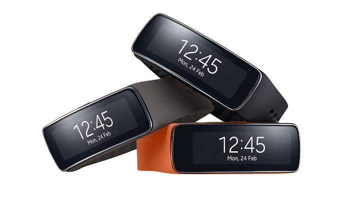 MWC'14 : prise en main du bracelet Gear Fit de Samsung