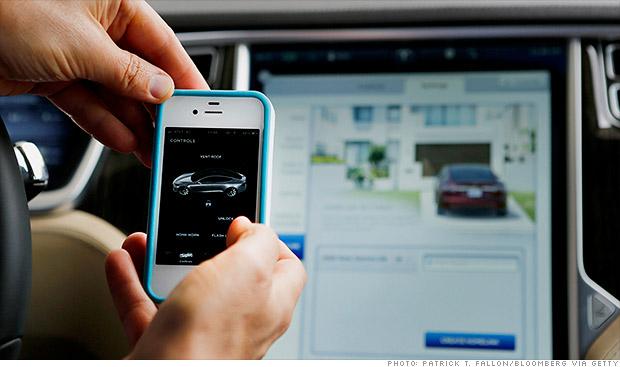 Présentation de l'iCar ? Elon Musk confirme que Tesla est en pourparlers avec Apple