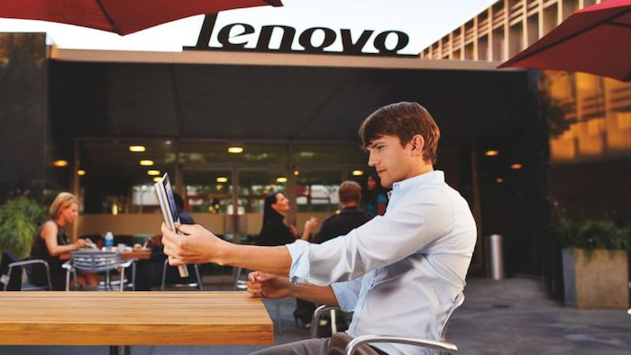 Ashton Kutcher va être à la conception du prochain smartphone Lenovo