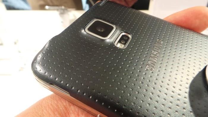 Capteur de fréquence cardiaque sur le Galaxy S5