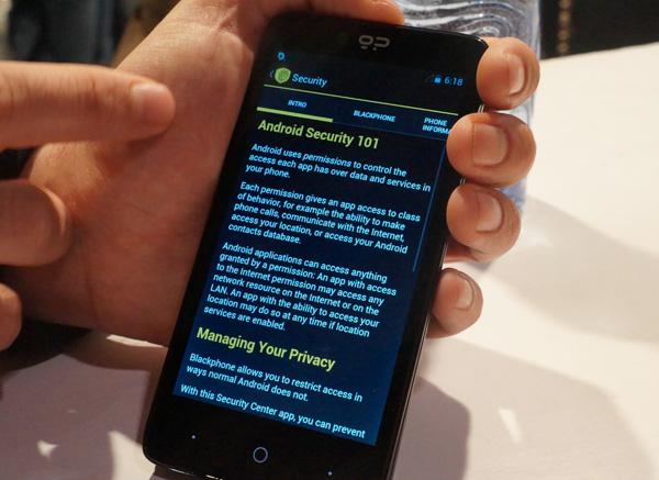 Une section permet de débrider manuellement tous les paramètres de sécurité du Blackphone
