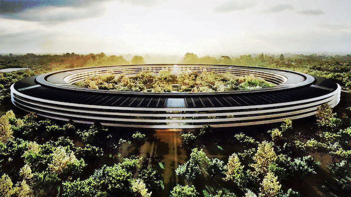 Apple 'spaceship' : le futur campus encore survolé par un drone