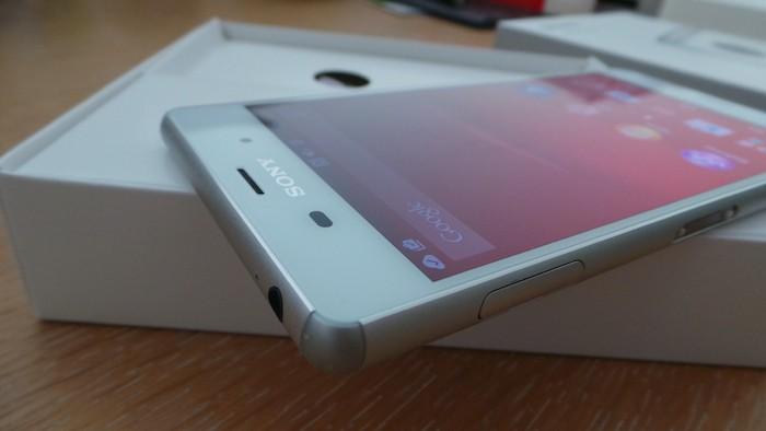 Sony Xperia Z3 : un look très épuré