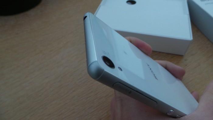 Sony Xperia Z3 : tranche supérieure
