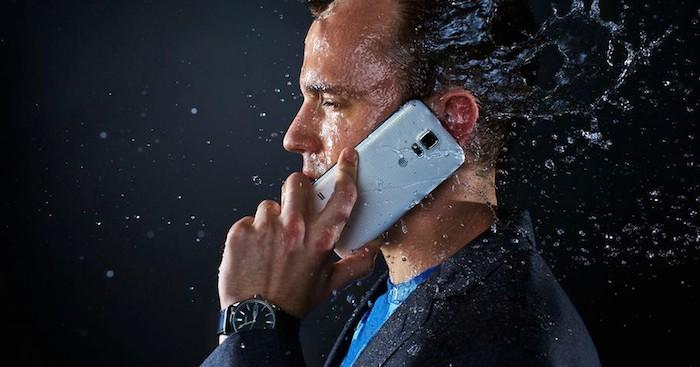 La douche froide pour le Galaxy S5