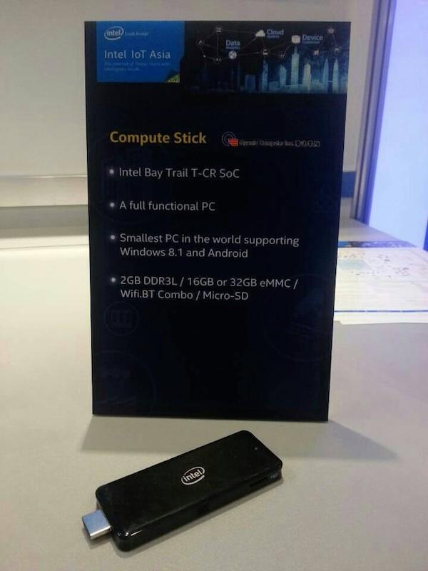 Une clé HDMI avec un processeur Intel Bay Trail et compatible Windows
