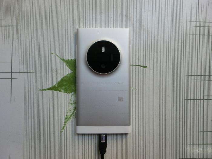 Lumia 1030 : vue de dos