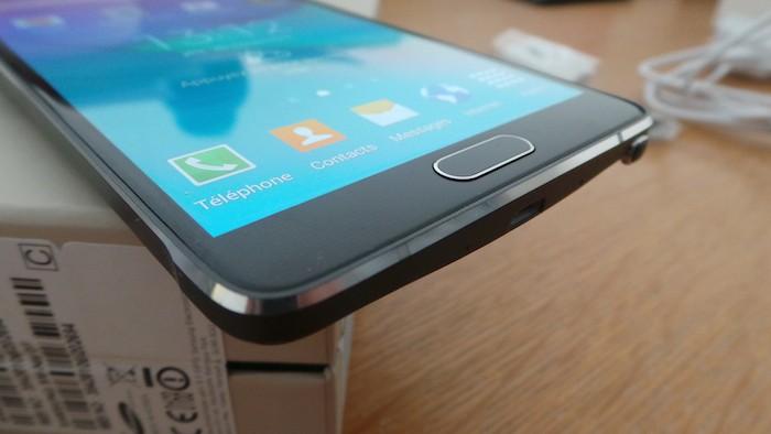 Galaxy Note 4 : une bande en aluminium a fait son apparition