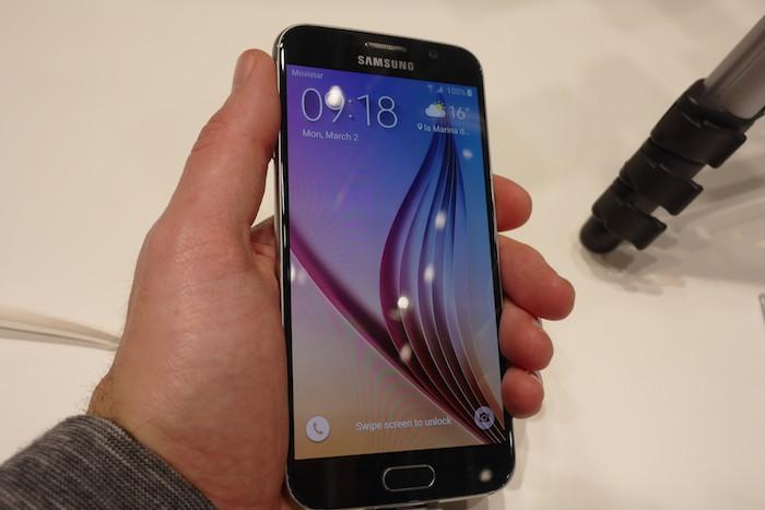 Galaxy s6 le 39 meilleur cran des smartphones 39 for Meilleur ecran pc 2015