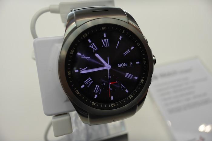 LG Watch Urbane LTE : vue de face