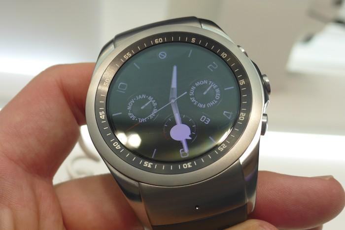 LG Watch Urbane LTE : poignet
