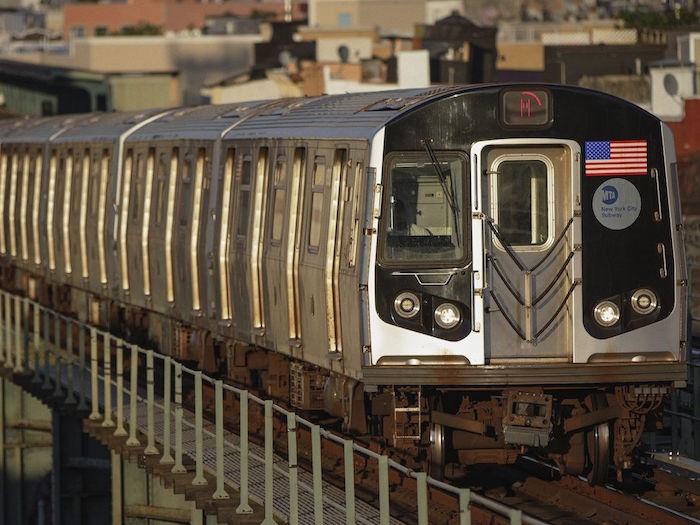 Apple Plans : la navigation dans les transports publics arrive