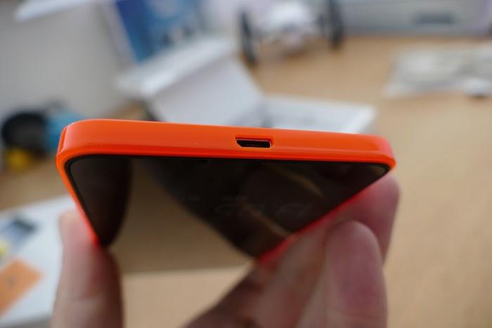 Lumia 640 : vue de dessous