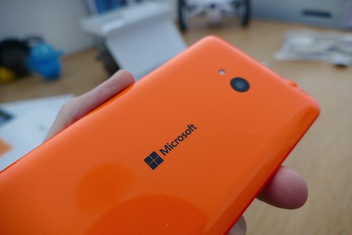 Lumia 640 : vue de dos
