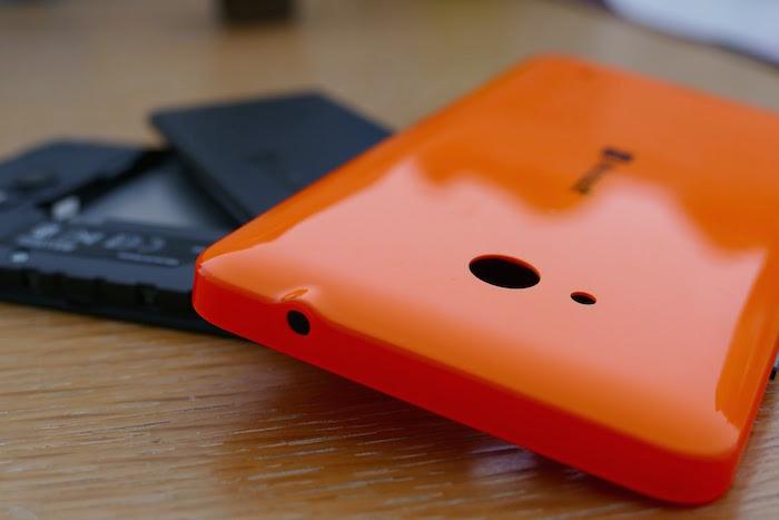 Lumia 640 : coque arrière amovible