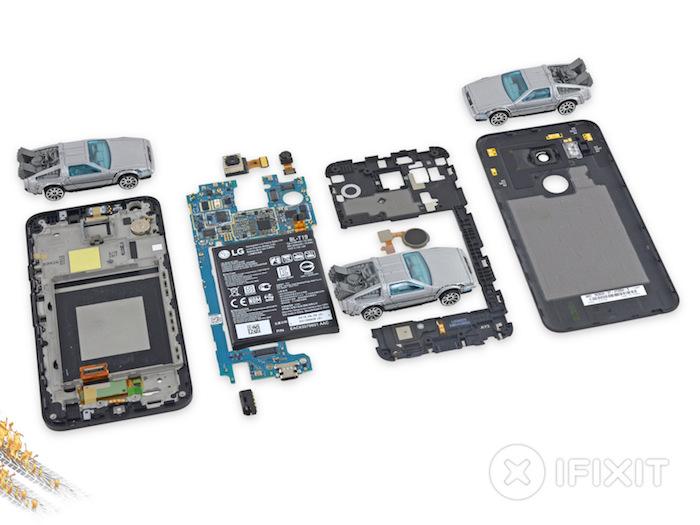 iFixit ouvre le Nexus 5X : démontage complet