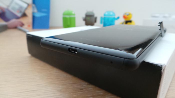 Sony Xperia C5 Ultra Dual : tranche inférieure