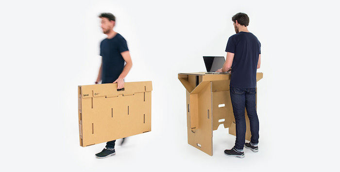 refold un bureau amovible en carton pour travailler debout. Black Bedroom Furniture Sets. Home Design Ideas