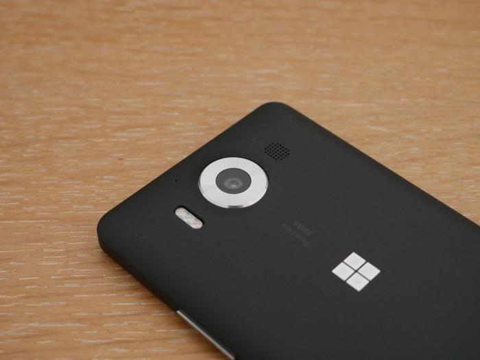 Microsoft Lumia 950 : capteur arrière