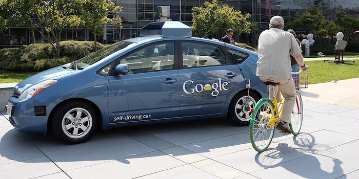Les voitures sans conducteur de Google vont à Londres