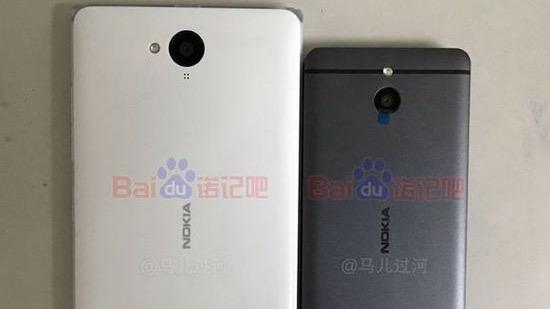 Smartphones Nokia : vue de dos
