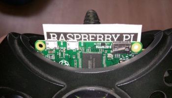 Il inclut un Raspberry Pi Zero dans une manette de Xbox