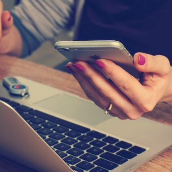 Vous pourrez déverrouiller votre prochain Mac avec le Touch ID de votre iPhone