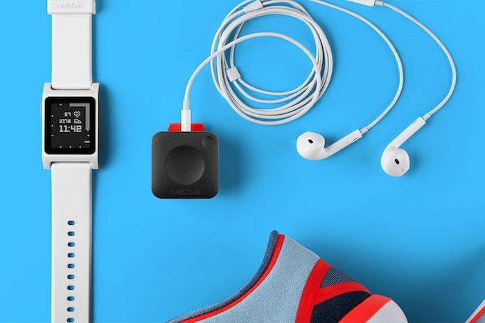 Pebble Core : un petit lecteur de musique et tracker d'activité avec des puces GPS et 3G