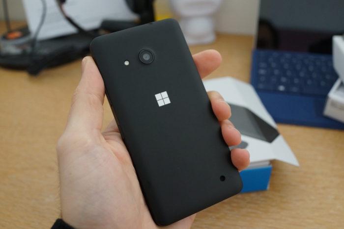 Lumia 550 : vue de dos
